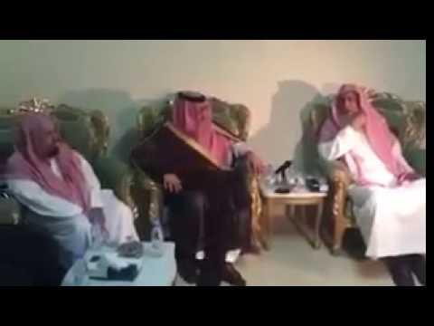 """#فيديو الأمير محمد بن نايف يزور مفتي المملكة وأعضاء هيئة كبار العلماء في """"منى"""""""