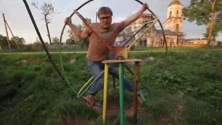 Суровая детская площадка в Тверской области