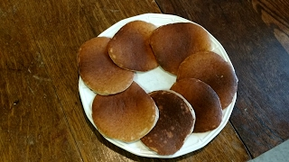 I show how to make good keto friendly pancakes with my good helper Rocco. This can also be used for the Adkins, Low Carb, Sugar Free, and Gluten Free diets.