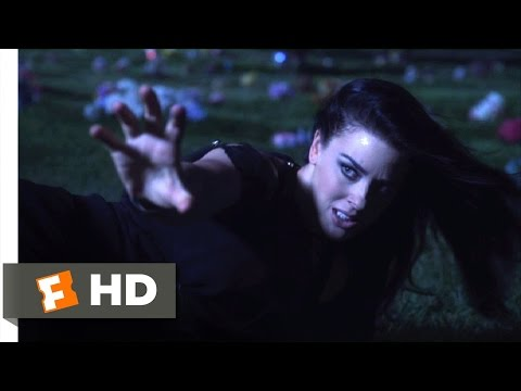 Hansel Vs. Gretel (2015) - Willy Is Dead, Darling Scene (9/10) | Movieclips