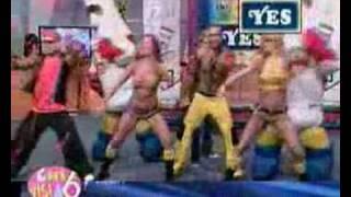 Bailando en el programa chivisimo - El Salvador.