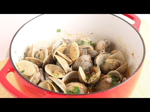 Thai Curry Clams Recipe - Laura Vitale - Laura in the Kitchen Episode 1009