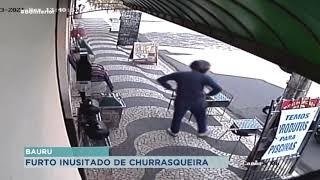 Homem furta churrasqueira em plena luz do dia em Bauru