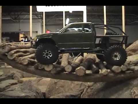 Axial Racing SCX10 Trail Honcho rock crawling.