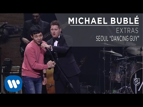 "Michael Bublé - Seoul ""Dancing Guy"""