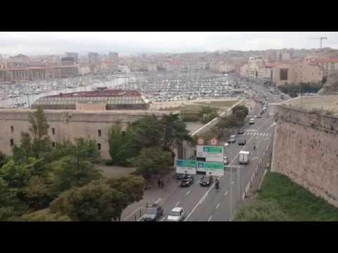 Le Vieux-Port de Marseille vu du fort d'Entrecasteaux