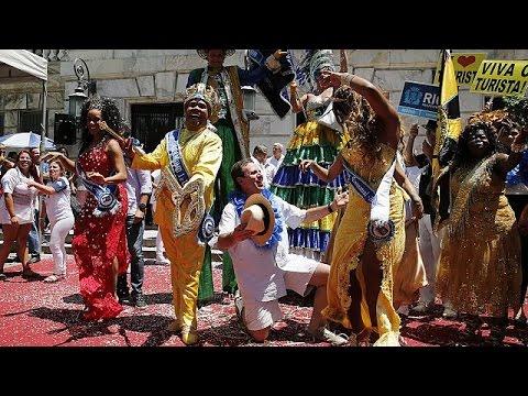 Βραζιλία: Στην σκιά του ιού Ζίκα το καρναβάλι στο Ρίο ντε Τζανέιρο