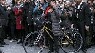 Video France : Christiane Taubira claque la porte du gouvernement MP3, 3GP, MP4, WEBM, AVI, FLV September 2017
