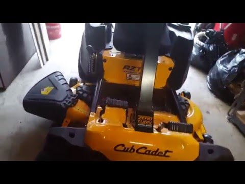 Cub Cadet RZT S mower review after 4.5 hours of use.