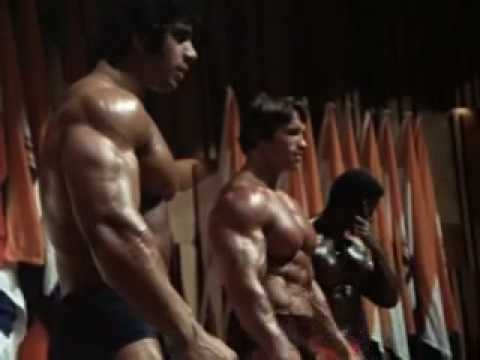 Mr. Olympia 1975 – Arnold Schwarzenegger, with Serge Nubret and Lou Ferrigno