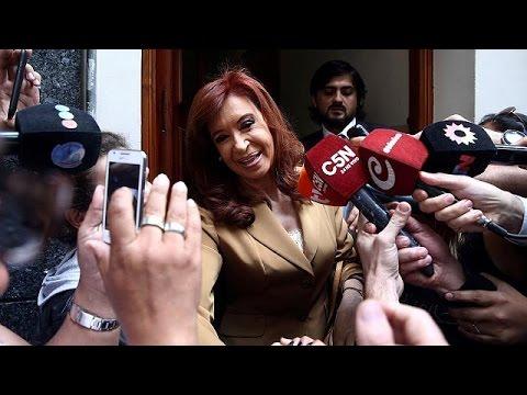 Αργεντινή: Ενώπιον της δικαιοσύνης η Κριστίνα Φερνάντες – world