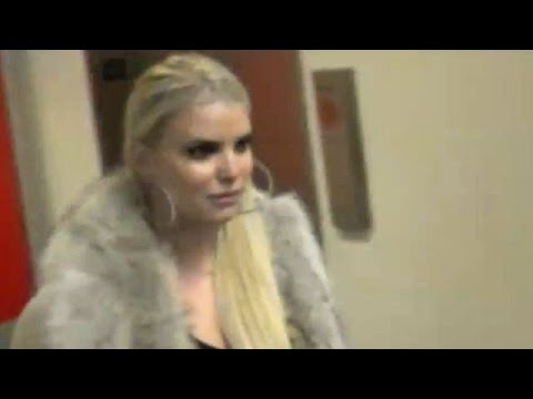Sexy Jessica Simpson Arriving At LAX In Fur-Lined Jacket