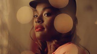 Blonde Redhead Dripping pop music videos 2016