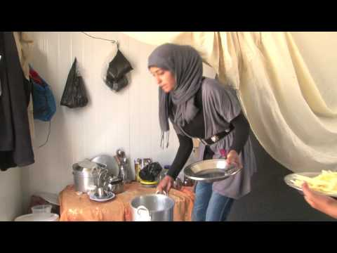 Video Hanadi - a young Syrian girl's life in refuge download in MP3, 3GP, MP4, WEBM, AVI, FLV January 2017