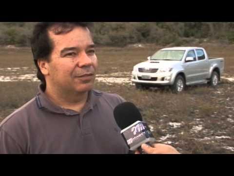 Toyota Hilux nas dunas de Natal