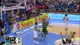 Tole Italy  City new picture : Jaka Lakovic buzzer-beater
