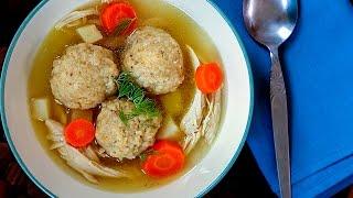 Joodse kippensoep met matzeballen