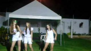 Em pleno ano novo,  final de 2009 nós dançando Party in the usa kkkk