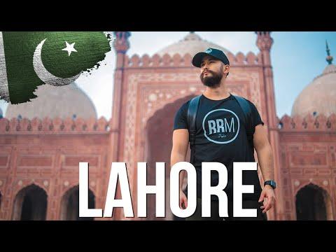 Visiting Badshahi Mosque in Lahore Changed Me   Pakistan Travel Vlog   207