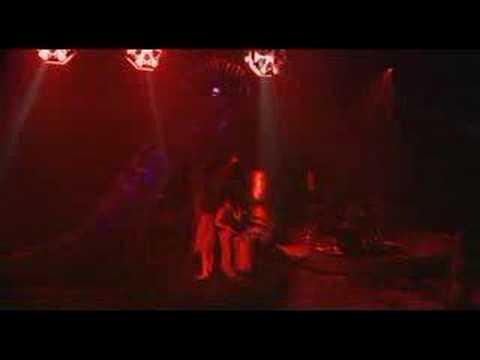 Alizée - Mon Maquis (Live - En Concert 2004) (видео)