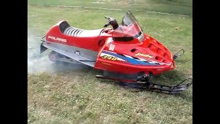 7. 2001 POLARIS INDY 340 SNOWMOBILE ELECTRIC START