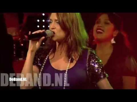 coverband - DeBand.NL Dance Classics Gold Medley: Relight my fire, Shake your body to the ground, Heaven must me missing an angel, Blame it on the boogie, Dance across t...