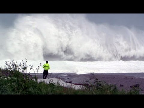 Super Typhoon Jangmi Monster Waves Taiwan