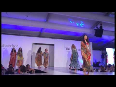 Kaftan Fashion Show by Corina van Elsen @ Clipsal 500