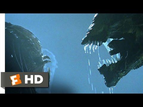 AVP: Alien vs. Predator (4/5) Movie CLIP - Battling the Queen (2004) HD (видео)