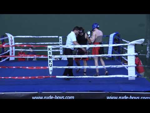 Invictus Boxeo Combate 1 (asalto 1)