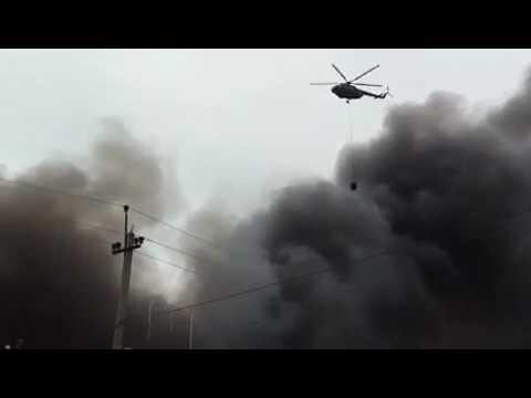 Вертолет Росгвардии привлечен для тушения пожара на рынке Махачкалы