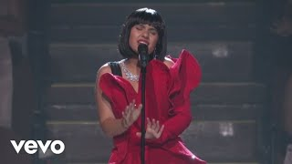 Video Alessia Cara - Scars To Your Beautiful  (Live At The MTV VMAs / 2017) MP3, 3GP, MP4, WEBM, AVI, FLV Juni 2018