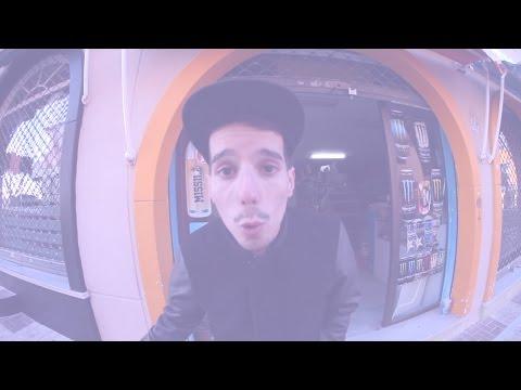 Skone protagoniza el primer video de la serie StreetFish