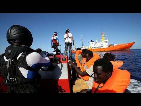 Το euronews μαζί με τους μετανάστες του Aquarius