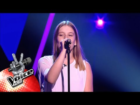 Eva - 'Read All About It'   Blind Auditions   The Voice Kids   VTM