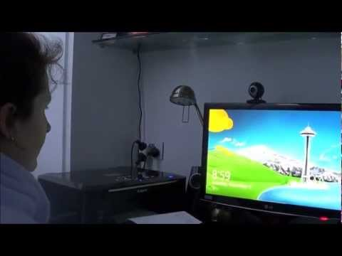 Mother Tries Windows 8 for the First Time – Video