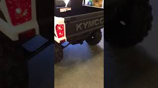 10. 2018 KYMCO UXV 700i in white