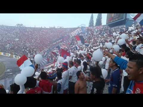 La Gloriosa Barra Ultra Fiel - La Ultra Fiel - Club Deportivo Olimpia