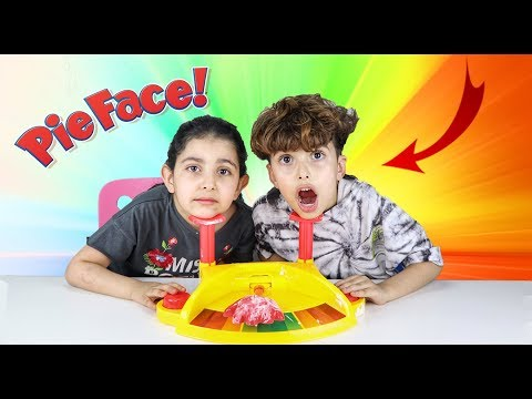 Video تحدي الكف الجديد !! (مع رفيف) العقاب صار هديه!! | PIE FACE SHOWDOWN CHALLENGE download in MP3, 3GP, MP4, WEBM, AVI, FLV January 2017