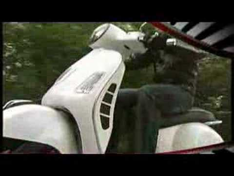 Vespa GTS 300 Super Official Video