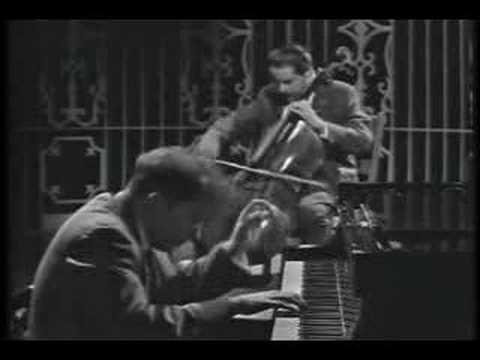 Beethoven - Cello Sonata - Glenn Gould & Leonard Rose -PART2