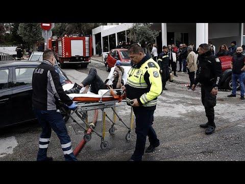 Πυρκαγιά σε ξενοδοχείο στη Λεωφόρο Συγγρού: 20 απεγκλωβισμοί, τρεις άνθρωποι στο νοσοκομείο …