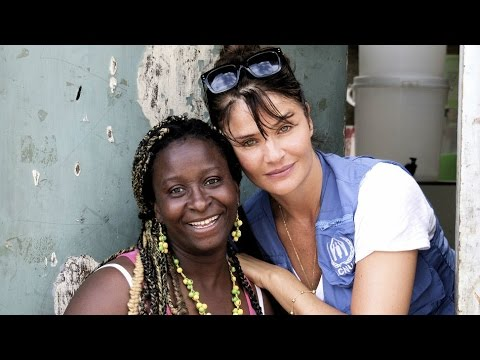 Colombia: Helena Christensen gets to know Maribeth for World Refugee Day 2015