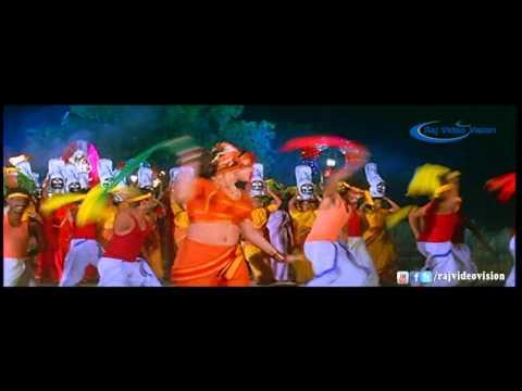 Pathu Ooraiym Pakkura Song HD 1 | Padai Veetu Amman