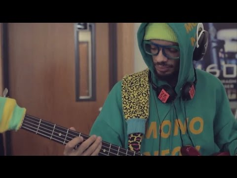 "MonoNeon with Ghost-Note // ""Ja-Make-Ya Dance"" (Live at Telefunken Elektroakustik)"