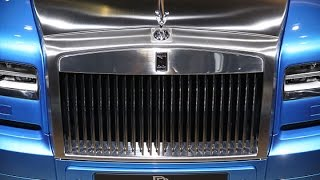 Oct. 2 (Bloomberg) – Rolls-Royce CEO Torsten Mueller-Oetvoes discusses the new Phantom Metropolitan, sales for the company and trends in the luxury car ...