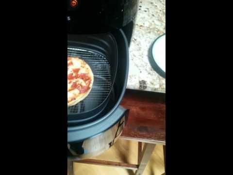 Frozen Pizza in Phillips Air Fryer