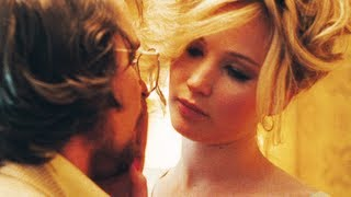 Watch American Hustle  (2012) Online