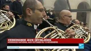 Video La Marseillaise lors de l'Hommage national aux Invalides - PARIS MP3, 3GP, MP4, WEBM, AVI, FLV Agustus 2017