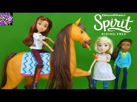 Spirit Riding Free Horse Toys for Girls Spirit and Lucky Deluxe Feeding Set Dolls Breyer Girl Toys